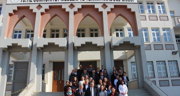 70.Yıl Cumhuriyet Mesleki ve Teknik Anadolu Lisesini ziyaret