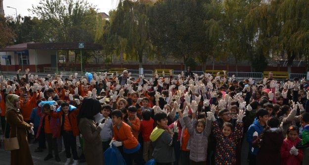 IĞDIR DA 250 OKULDA ÇEVRE TEMİZLİĞİ YAPILDI