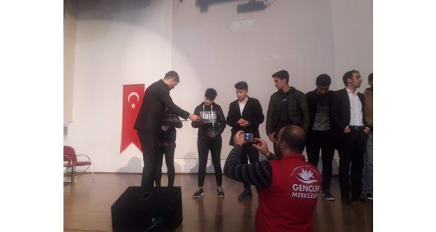 Iğdır'da Gençler Arası Ses Yarışması
