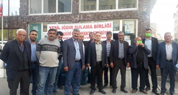 IĞDIR'DA KORONA'YA KARŞI KÖYLER DEZENFEKTE EDİLDİ