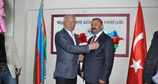Karakoyunlu'ya  'Altın Yürek' Ödülü