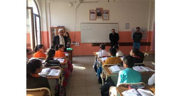 Milli Eğitim Müdürü, Kazancı Ortaokulunu ziyaret etti
