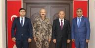 AZERBAYCAN#039;IN KARS BAŞKONSOLOSUNDAN EMNİYET MÜDÜRÜNE ZİYARET