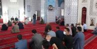 Iğdırda 13 şehit polis için Hacı Hacer Yusuf Camisinde kuran-ı kerim okutuldu