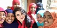 Somalili öğrenciler Dünya kadınlar gününü kutladı